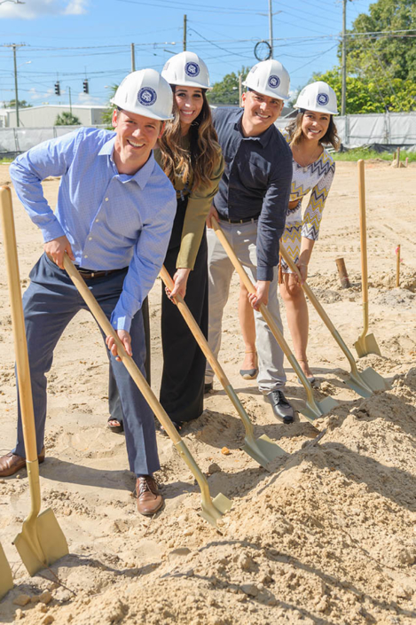 Priano groundbreaking Team